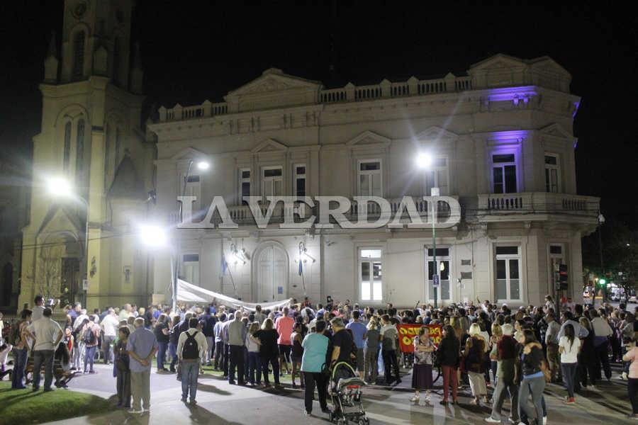 Cristina Kirchner pide suspender por ley aumentos de tarifas