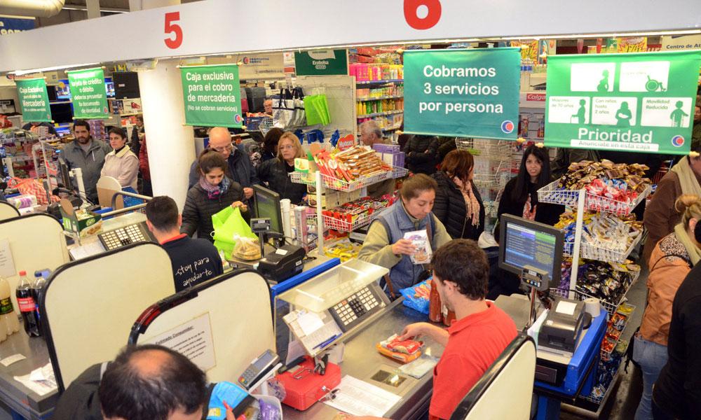 Hoy, primer miércoles de agosto con descuentos del 50 % con Banco Provincia