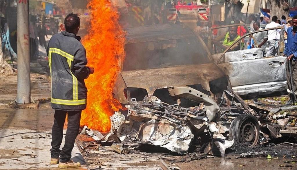 Suman 53 muertos por explosiones en Somalia